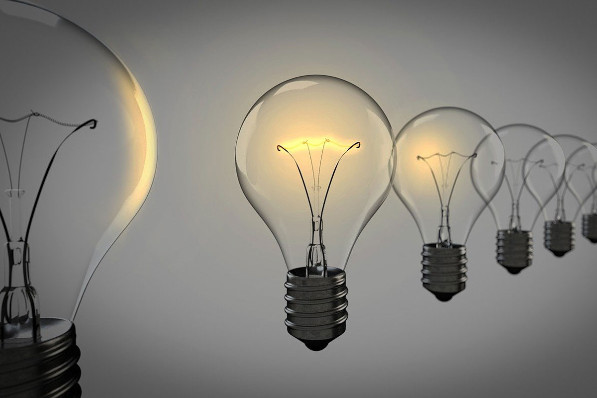 lightbulb use expenses to calculate how much to charge clients